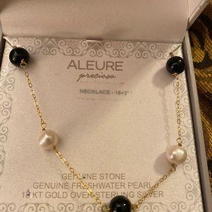 18 KT over sterling silver black onyx necklace
